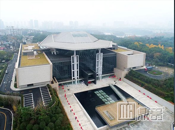 DG museum professional exhibition cabinet custom manufacturer won supplier qualification of the Museum of Hunan province.